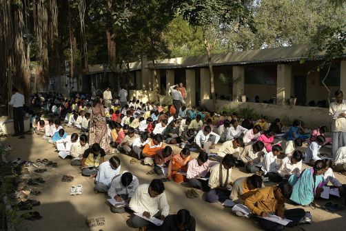 800px-Exams_in_Jaura,_India